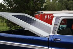 Closer view of the panel with tonneau cover open