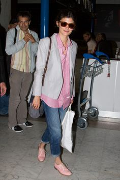 Audrey Tatou: this mix of slouchy and tailored redefines airport style. Cannes, May 25th