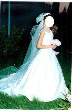 robe de marie taille 38 de chez point mariage avec gants - Point Mariage La Rochelle