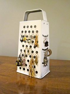 User blog:Asnow89/Cheese Grater Earring Stand - Easy Crafts Wiki - Wikia