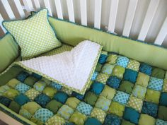 Another Gorgeous Puff Quilt Bedding Set - Honeybear Lane Manta Quilt, Puff Blanket, Green Blanket, Puffy Quilt, Sewing Crafts, Sewing Projects, Diy Bebe, Quilt Bedding, Baby Bedding