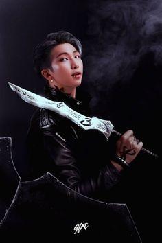 Find images and videos about bts, k-pop and namjoon on We Heart It - the app to get lost in what you love. Namjoon, Bts Taehyung, Bts Bangtan Boy, Bts Jimin, Bts Rap Monster, Foto Bts, Bts Vampire, K Pop, Estilo Bad Boy