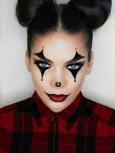 Clown makeup Halloween makeup by @andreyhaseraphin on Instagram  #easycostume #costume #halloween #easyclown #clownmakeup #clown #clownhalloween #halloweenmakeup #easyhalloweenmakeup #halloweenidea #lastminutecostune