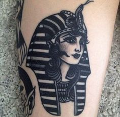What does pharaoh tattoo mean? We have pharaoh tattoo ideas, designs, symbolism and we explain the meaning behind the tattoo. 4 Tattoo, Piercing Tattoo, Piercings, Tattoo Flash, Neue Tattoos, Body Art Tattoos, Girl Tattoos, Trendy Tattoos, Black Tattoos