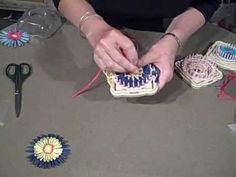 """Hana-Ami"" Flower Loom (Part 2 of 3) - YouTube; great tutorial"