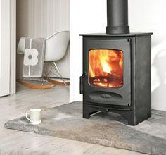 Charnwood C-Six multi fuel / wood burning stove – Freestanding fireplace wood burning Slate Fireplace, Home Fireplace, Fireplace Design, Wood Burning Logs, Stove Parts, Wood Fuel, Freestanding Fireplace, Cottage Renovation, Houses