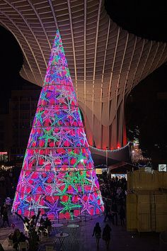 Christmas in Seville, Spain  http://www.travelandtransitions.com/our-travel-blog/andalusia-2011/andalusia-travel-the-wonders-of-seville/