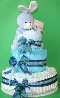 Torta Coniglietto Azzurro di pannolini, con copertina di pile