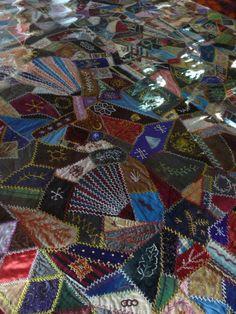 Antique crazy quilt (2)