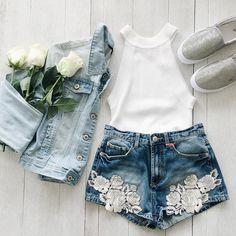 All denim everything. Link in to shop: clickshop.io/tally_weijl #myTALLYWEiJL #denimlove #fashion