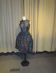 Gorgeous LEAF Pattern 1950's DAY Dress by BeauMondeVintage on Etsy, $58.00