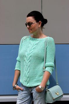 Knitting patterns for women summer beautiful ideas Crochet Bikini Pattern, Knit Crochet, Mint Sweater, Pull Bebe, Jacket Pattern, Free Knitting, Knitting Patterns, Sweaters For Women, Style Diary