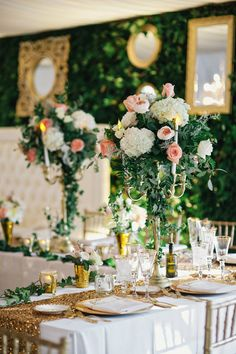 Gold wedding reception decor. #gold #wedding #reception   Photography: Clean Plate Pictures