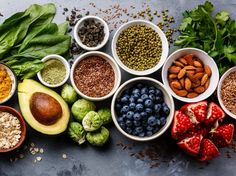 In this article by Dr. Joel Fuhrman, learn how to eat to prevent diabetes and how to reverse diabetes. Discover the best and worst foods for fighting diabetes. Spirulina, Superfoods, Good Diet For Diabetics, Fit Im Alter, Dieta Atkins, Lower Blood Sugar Naturally, Acerola, Prevent Diabetes, Variety Of Fruits