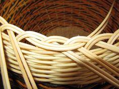Images in Anna's post Anna, Paper Basket Weaving, Rattan, Knit Basket, Hampers, Punto De Cruz, Wheelbarrow, Entrance Halls, Wicker