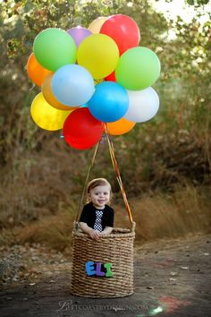 Hot air balloon - Cute idea for kids pictures! www.leftcoastbydesign.com