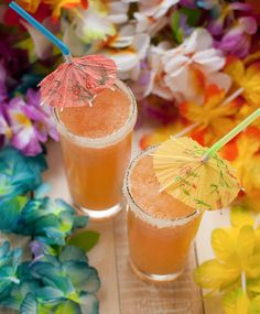 POG Daiquiri by Pineapple and Coconut for The Little Ferraro Kitchen ~ Aloha! A Hawaiian cocktail made with rum, passion fruit, orange and guava juices. (POG stands for the juice combo.) Yes, please! #summer #hawaii #drinks #cocktail #recipe
