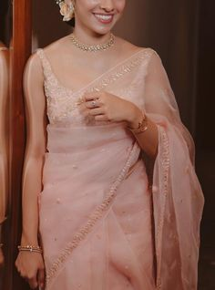 Indian Bridal Outfits, Indian Fashion Dresses, Indian Designer Outfits, Stylish Sarees, Stylish Dresses, Indian Dress Up, Saree Designs Party Wear, Saree Trends, Fancy Blouse Designs