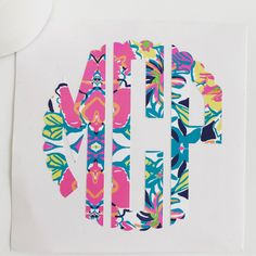 Scalloped edges add more fun! These look great in solid or Lilly Pulitzer inspired prints! #ssmonogramshop #etsy #monograms
