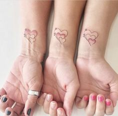 matching couple tattoos ideas, couple tattoo ideas, couple tattoos, matching couple tattoos, tattoo designs ideas männer männer ideen old school quotes sketches Pair Tattoos, Mommy Tattoos, Family Tattoos, Friend Tattoos, Mini Tattoos, Matching Tattoos For Family, Small Tattoos, Sexy Tattoos, Sister Heart Tattoos