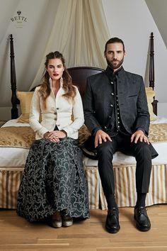 Rettl Wedding Outfit for Her & Him Wedding Styles, Wedding Photos, Weddingideas, High Fashion, Wedding Inspiration, Wedding Photography, Weddings, Formal, Wedding Dresses