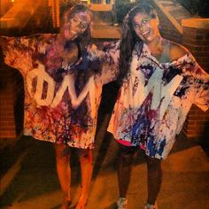 What a good idea for tie-dye or paint swap event. Put letters on in tape so when you're done, the letters aren't colored.
