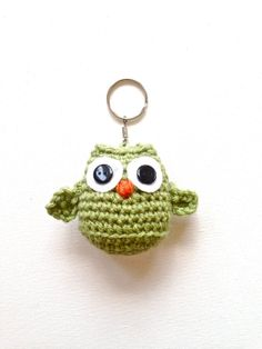 Owl Keychain ♡ Teresa Restegui http://www.pinterest.com/teretegui/ ♡