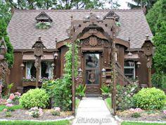 Appleton, Wisconsin, USA - interesting house