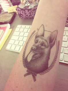 Photo by Irenette - Tatouage temporaire - Doggy - http://www.bernardforever.fr/products/royaux-canins