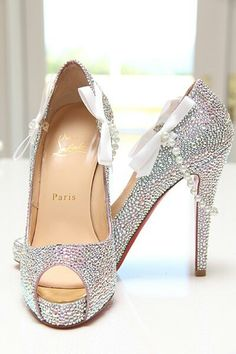 Silver heels with pearl design , too cute. pearls, sparkles. I could DIE their that cute!