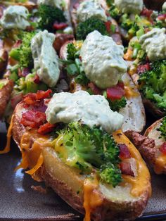 Cheddar Broccoli Loaded Baked Potato Skins with Avocado Creme - Stuffing skins with broccoli is an innovative and healthier approach. Cheddar and bacon and scallions and a creamy avocado dip. Potato Dishes, Potato Recipes, Food Dishes, Side Dishes, Potato Ideas, Potato Bar, Cookbook Recipes, Cooking Recipes, Healthy Recipes