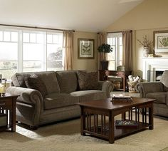 Laramie 5081 Sage Sofa Group In Stock Green Leather Broyhill IN STOCK Broyhil
