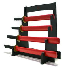 Make quick work of fruits, veggies, loaves and meats with this set of kitchen knives designed to mimic a set of miniature samurai blades. Katana, Kitchen Knives, Kitchen Gadgets, Kitchen Stuff, Fancy Kitchens, Deco Originale, Samurai Swords, Dry Hands, Liquid Soap