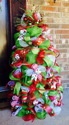 Deco Mesh Christmas Tree (w/lights) from tomato cage Mesh Christmas Tree, Grinch Christmas Decorations, Noel Christmas, Outdoor Christmas, Christmas Projects, White Christmas, Christmas Ornaments, Christmas Music, Tomatoe Cage Christmas Tree