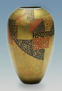 Gold, black and red Art Deco vase – Jean DUNAND  (hva)