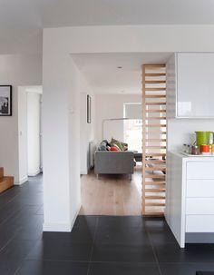 edle helle diele landhausdiele eiche geb rstet cremewei ge lt von hain parkett. Black Bedroom Furniture Sets. Home Design Ideas