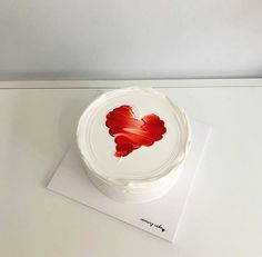 Discovered by AIZAWA Find images and videos about food, pale and cake on We Heart It - the app to get lost in what you love. Pretty Birthday Cakes, Pretty Cakes, Beautiful Cakes, Simple Cake Designs, Korean Cake, Pastel Cakes, Purple Cakes, Valentine Cake, Birthday Cake Decorating