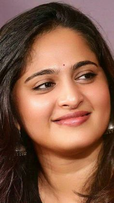 Beautiful Bollywood Actress, Most Beautiful Indian Actress, Beautiful Asian Women, Beautiful Gorgeous, Beautiful Actresses, Anushka Latest Photos, Anushka Photos, Beauty Full Girl, Real Beauty