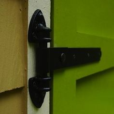 When it comes time to upgrade a front door, build new kitchen cabinets, or even fix a toy box, homeowners have a wide range of hinge styles to choose from.