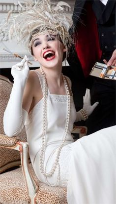 ~Gatsby style - 1920s flapper bride   House of Beccaria