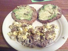 Breakfast – One egg cooked in Imagine Organic Free Range Chicken Broth (70), one Ezekiel English Muffin (160), 1/2 avocado (150), four ounces ground beef (285). Total calories 665.