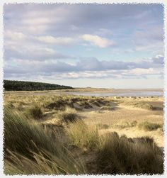 Gorgeous place for a long walk across the sands: Holkham Beach. Holkham National Nature Reserve is England's largest National Nature Reserve (NNR). Beautiful Places To Visit, Beautiful Beaches, Wonderful Places, Norfolk Beach, Suffolk Coast, British Seaside, England, Ireland Landscape, Nature Reserve