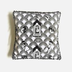 Black and White Hollywood Art Deco Style Throw Pillow Art Deco Fashion, Retro Fashion, Black And White Cushions, Movie Black, Jewelry Roll, Etsy Handmade, Handmade Crafts, Handmade Items, Birthday Gifts For Her