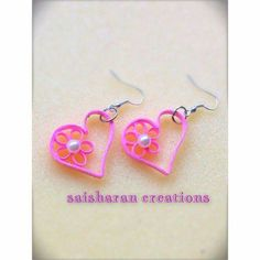 Paper Heart earrings More Paper Quilling Earrings, Origami And Quilling, Paper Quilling Designs, Quilling Paper Craft, Quilling Patterns, Paper Jewelry, Jewelry Crafts, Decoupage, Paper Hearts