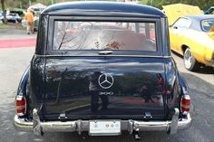 Classic Mercedes Custom Wagon - Alpine Concours 2011 - Photo Courtesy Innocenzo Jimmy Ciorra Photography