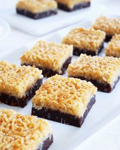 Kladdkak a med kokostosca Cookie Recipes, Dessert Recipes, Sweets Cake, Learn To Cook, Baked Goods, Sweet Recipes, Bakery, Sweet Treats, La Mode