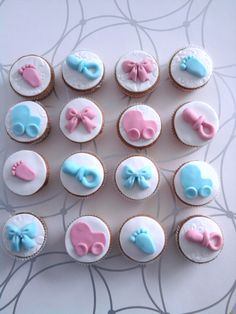 babyshower cupcakes loook lauraaa!