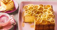 Candied lemons are back in fashion on top of this moist lemon and almond mascarpone cake. Lemon Recipes, Baking Recipes, Cake Recipes, Dessert Recipes, Lemon Desserts, Taste Au, Mascarpone Cake, Candied Lemons, Square Cakes