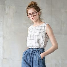 [sustainable fabric] [handmade] [affordable] Washed and soft linen blouse in large checks for simple and casual look. +++++++++++++++++++++++++++++++++++++++++++++++++++++++++++++++++++