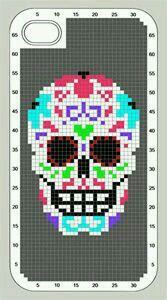 Day of dead skull pattern Loom Beading, Beading Patterns, Cross Stitch Designs, Cross Stitch Patterns, Cross Stitch Skull, Crochet Skull, Halloween Embroidery, Beaded Skull, Tapestry Crochet